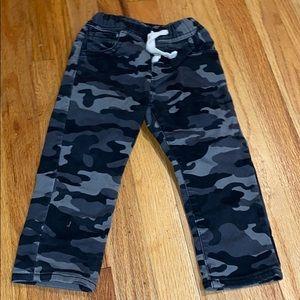 COPY - Gap Slim 2T Camo Jeans